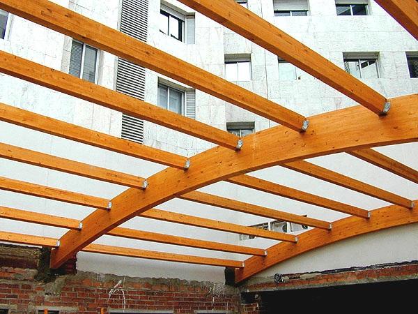 Madera laminada encolada la superaci n de los problemas - Estructuras de madera laminada ...