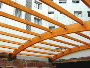 Madera laminada encolada la superaci n de los problemas dimensionales wood - Estructura madera laminada ...